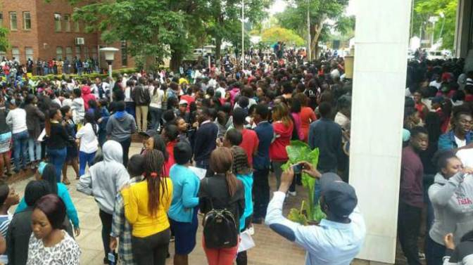 #CurrentSitutation: UZ Students Strike,Refuse to write exams until Mugabe steps down